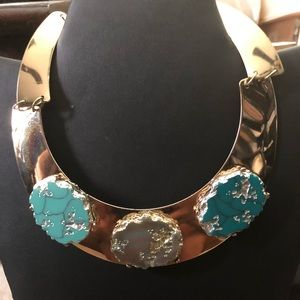 Women Gold choker necklace